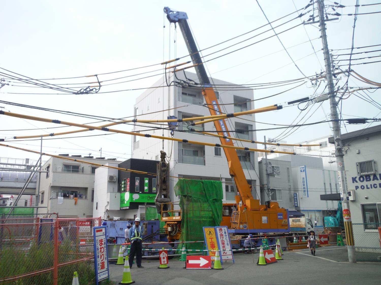 某駅下水管渠築造工事