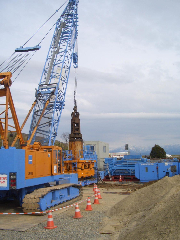 富山市某立坑砂置換工事