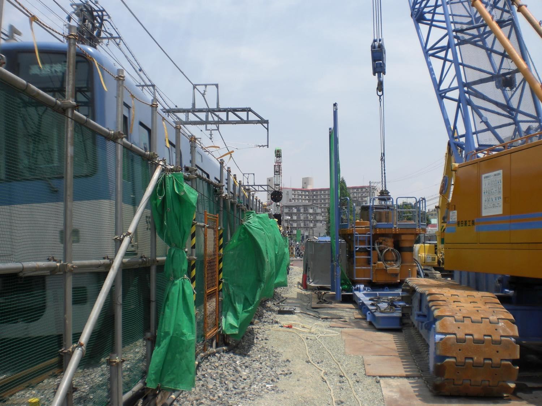 某電鉄連続立体高架化工事(1工区、3工区)