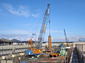 北陸新幹線富山某高架橋工事