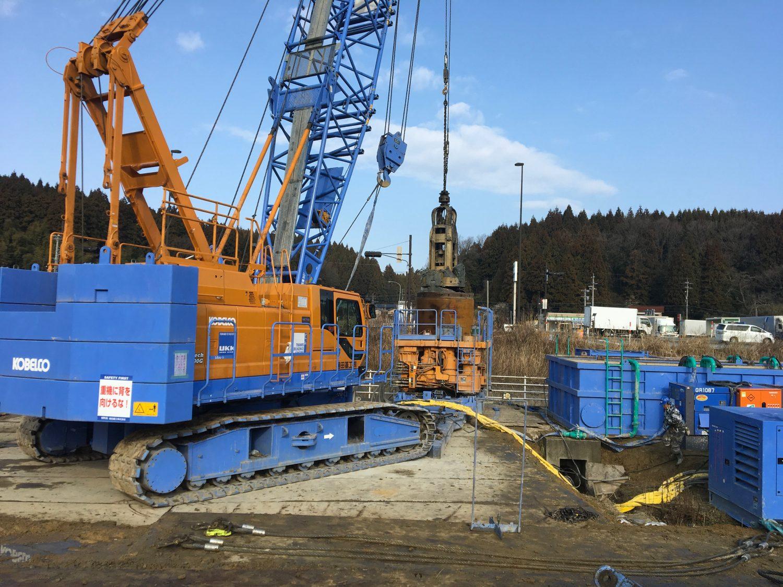 石川県某橋梁下部工事搬入しました。